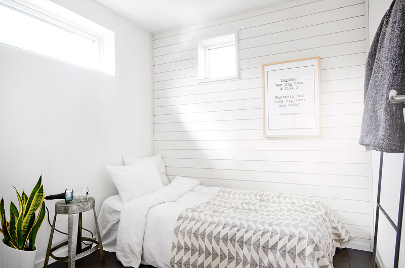 white-bedroom-wooden-wall
