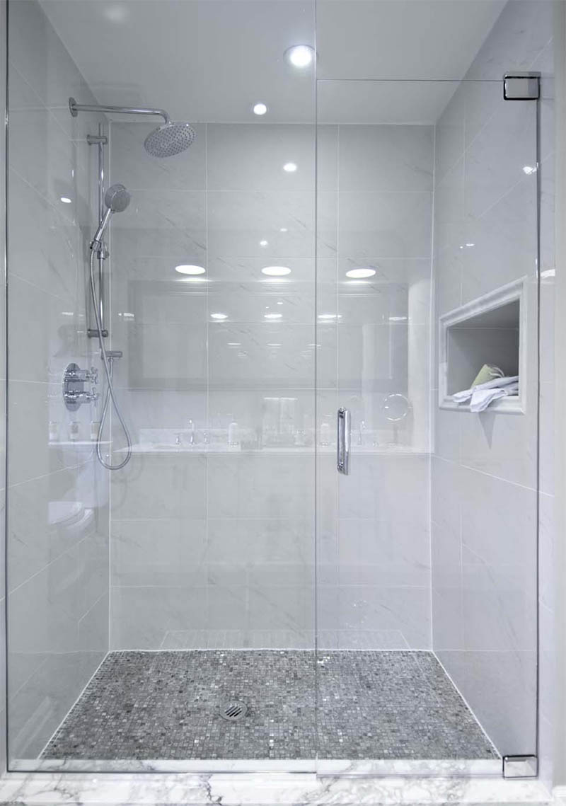 bathroom-white-interior-6
