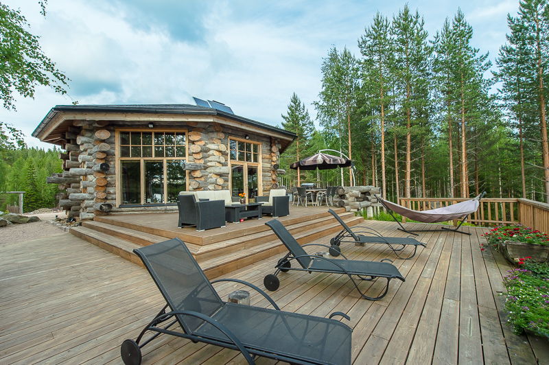 luxury-log-cabin-in-finland-12