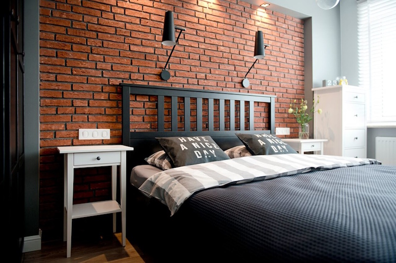 bedroom-brick-wall