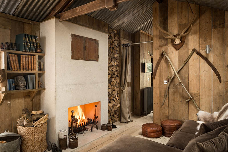 firefly-sitting-room-open-fire
