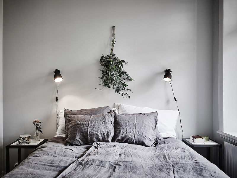 greenplant-bedroom-backwall