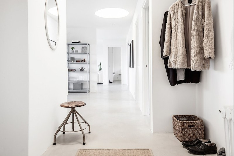 hallway-scandinavian-apartment