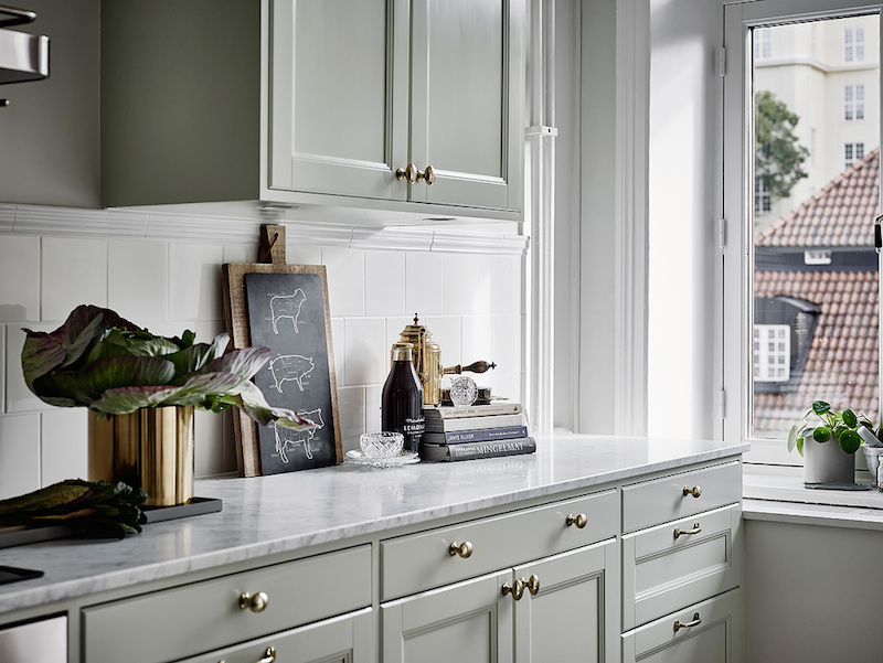 kitchen-cabinet-door-knobs