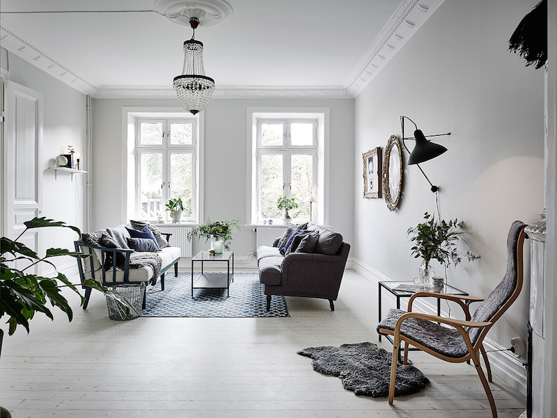 white-livingroom-decorating
