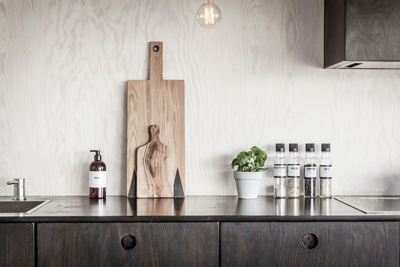 wood-panel-styling-kitchen