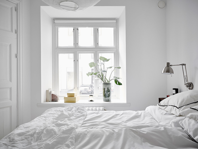 scandianavian-white-bedroom