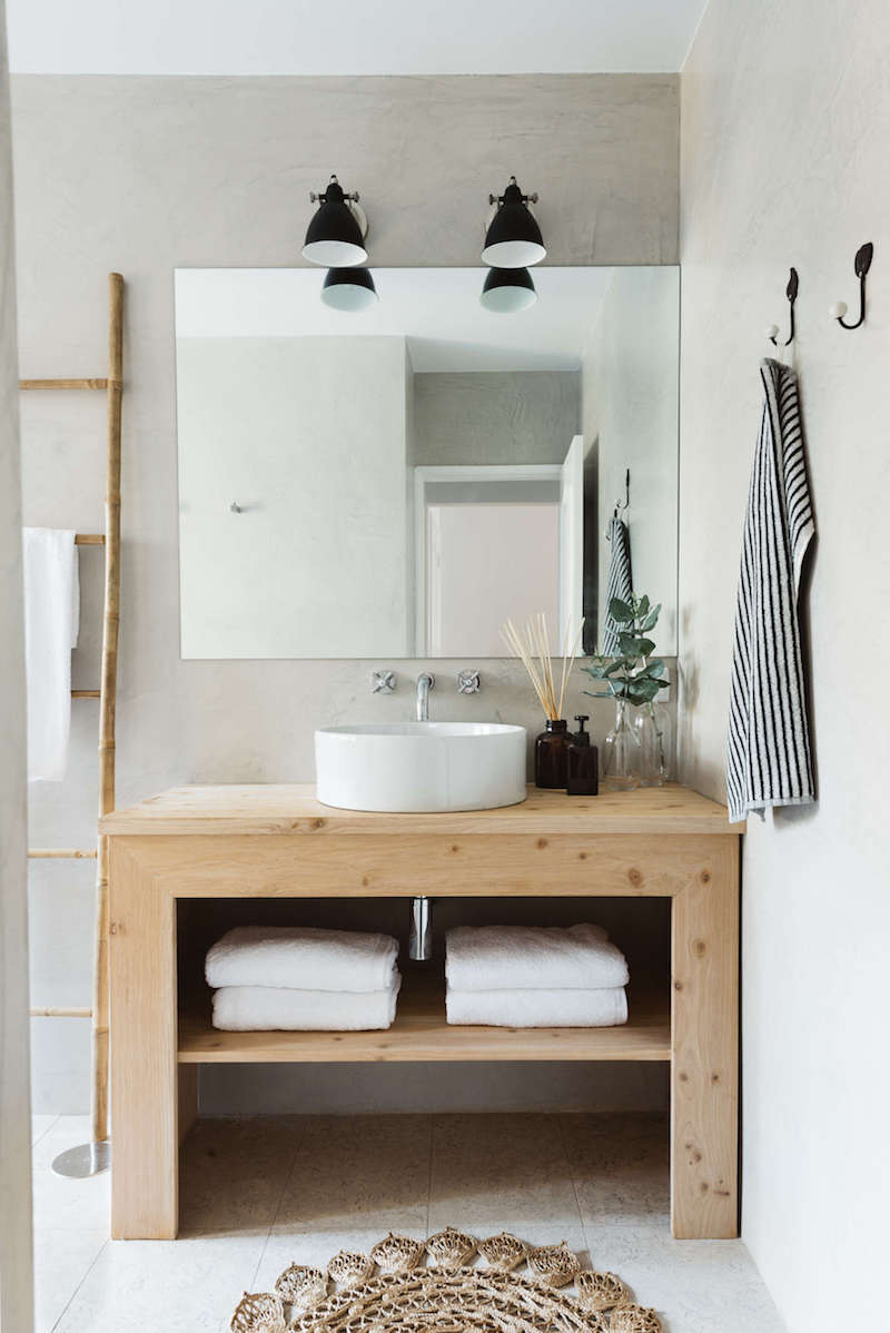 bathroom-sink-apartment-arkstudio