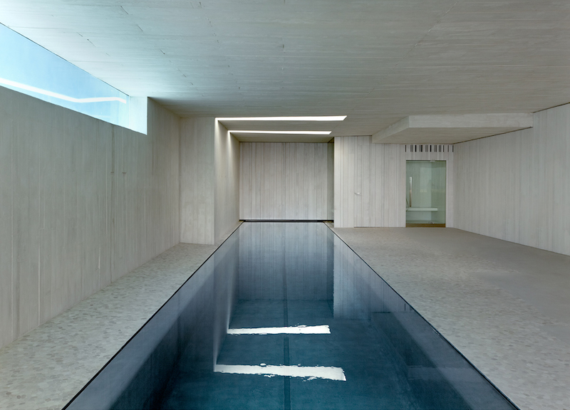 indoor-pool-sardinera-house