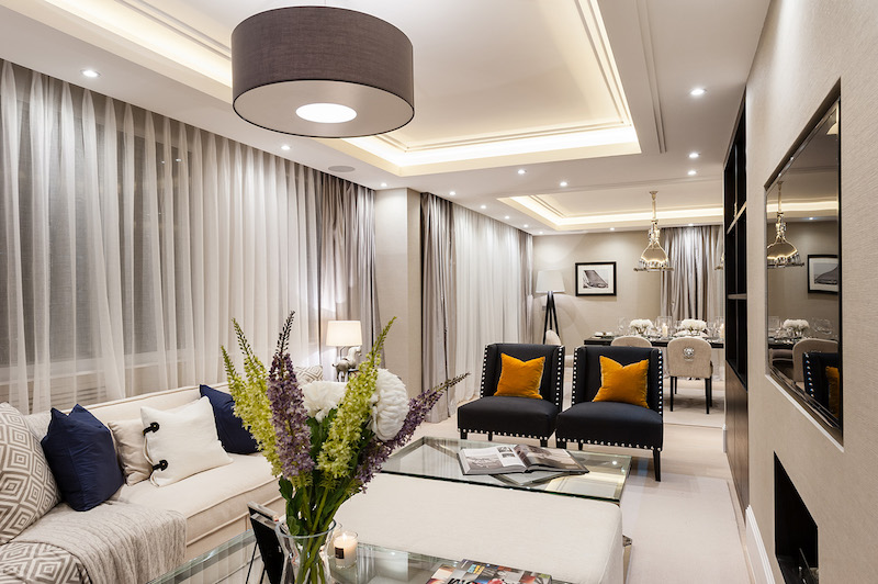 Contemporary apartment interiors in london for Apartment decoration photos