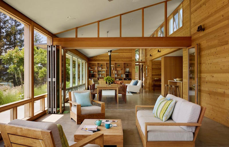 livingroom-sustainable-building-cloverdale-residence
