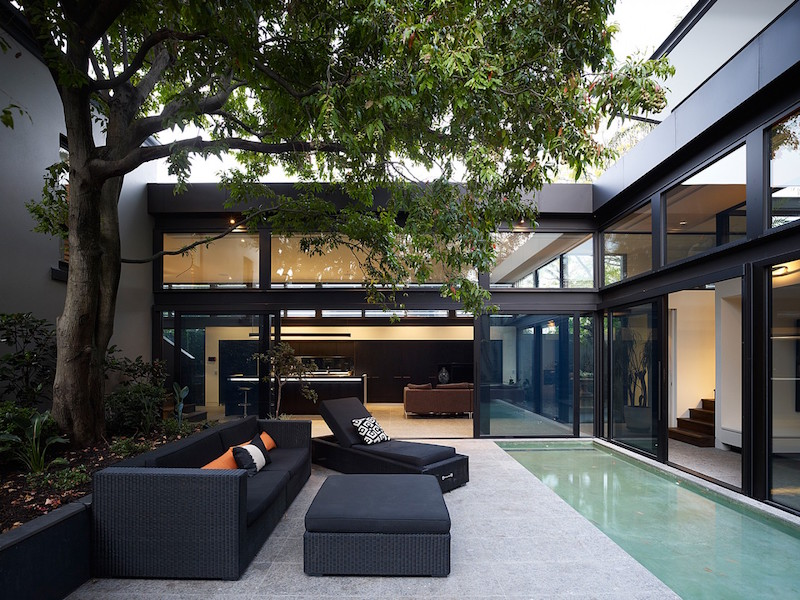 patio-glass-house-domoney-architecture