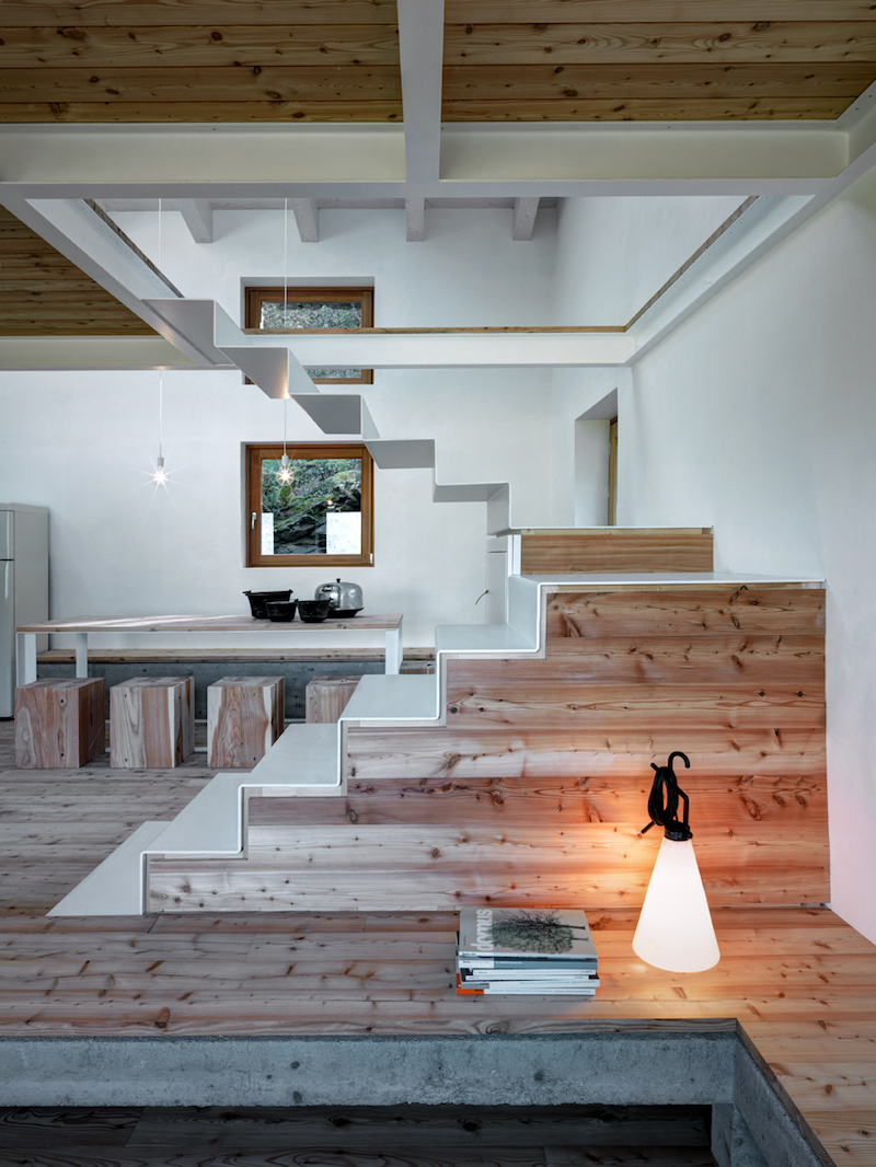 space-concrete-wood-interior-alfredovanotti
