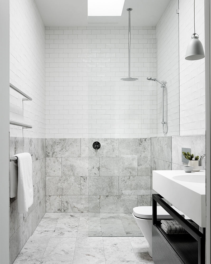 bathroom-calm-symmetry-interiors