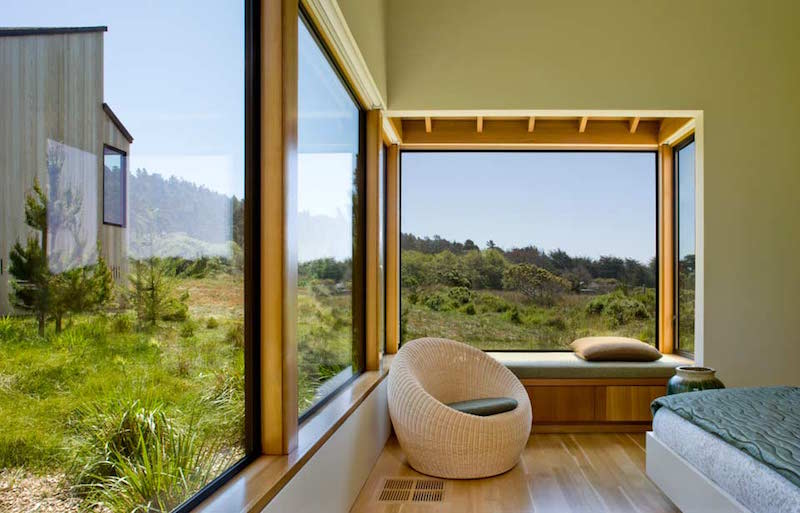 bedroom-lounge-sea-ranch-meadow-turnbullgriffinhaesloop-architects