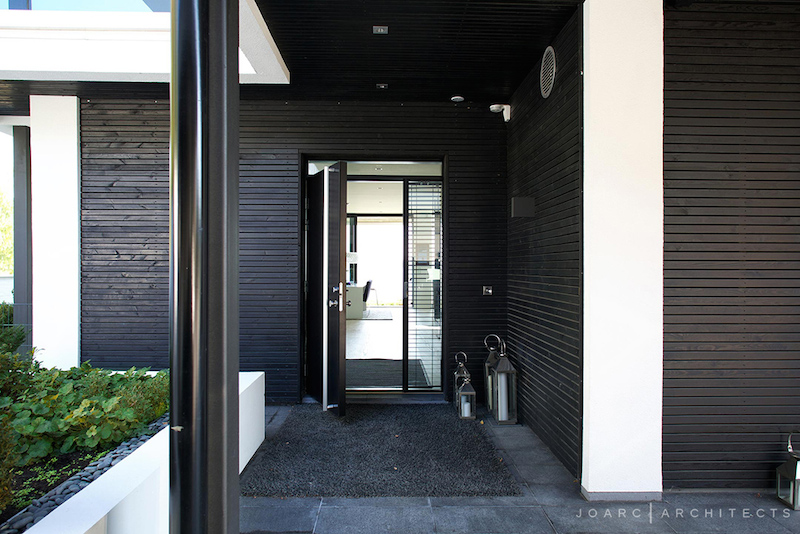 entry-r-house-joarc-architects