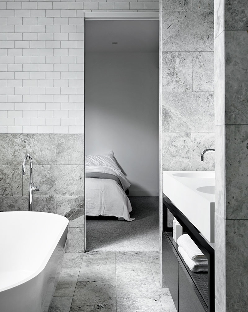 grey-bathroom-calm-symmetry-interiors