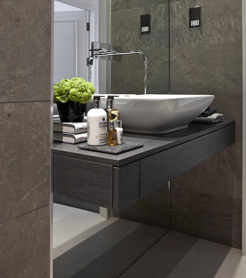 bathroom-design-in-gray