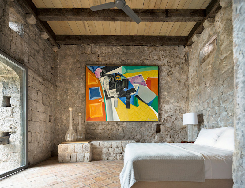 bedroom-art-decor-croatian-tower