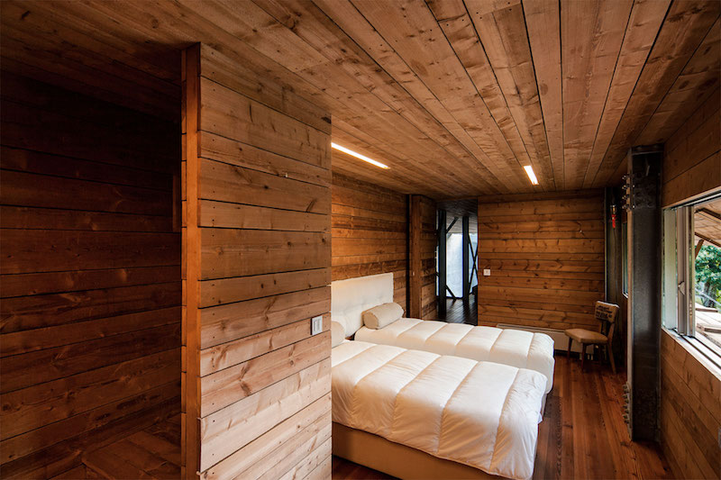 bedroom-geres-house-carvalhoaraujo