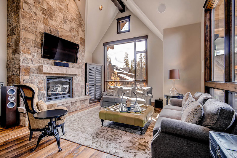 colorado-highwoods-shockhill-living-room