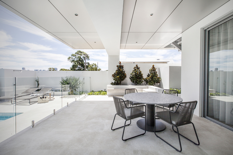contempo-interiors-ranelagh-residence-pool-terrace