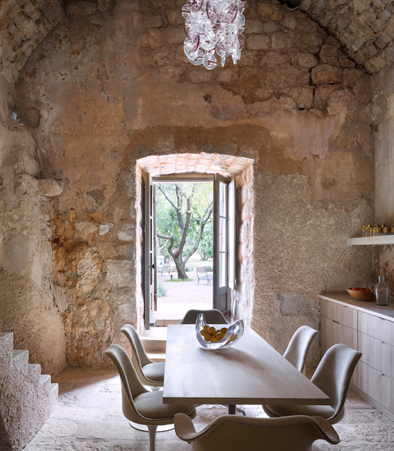 dining-kitchen-croatian-tower