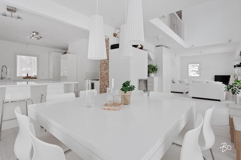 Designing home interior in a pure white palette