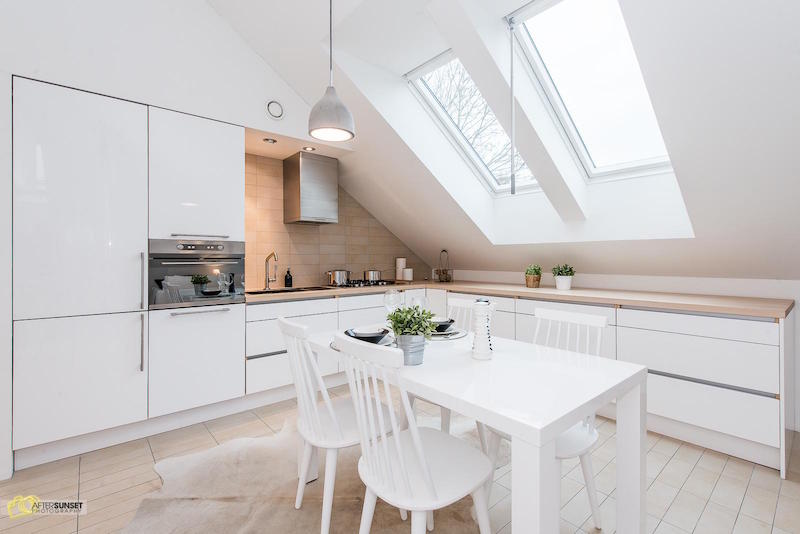 finnish-apartment-in-white-kitchen-sky-windows