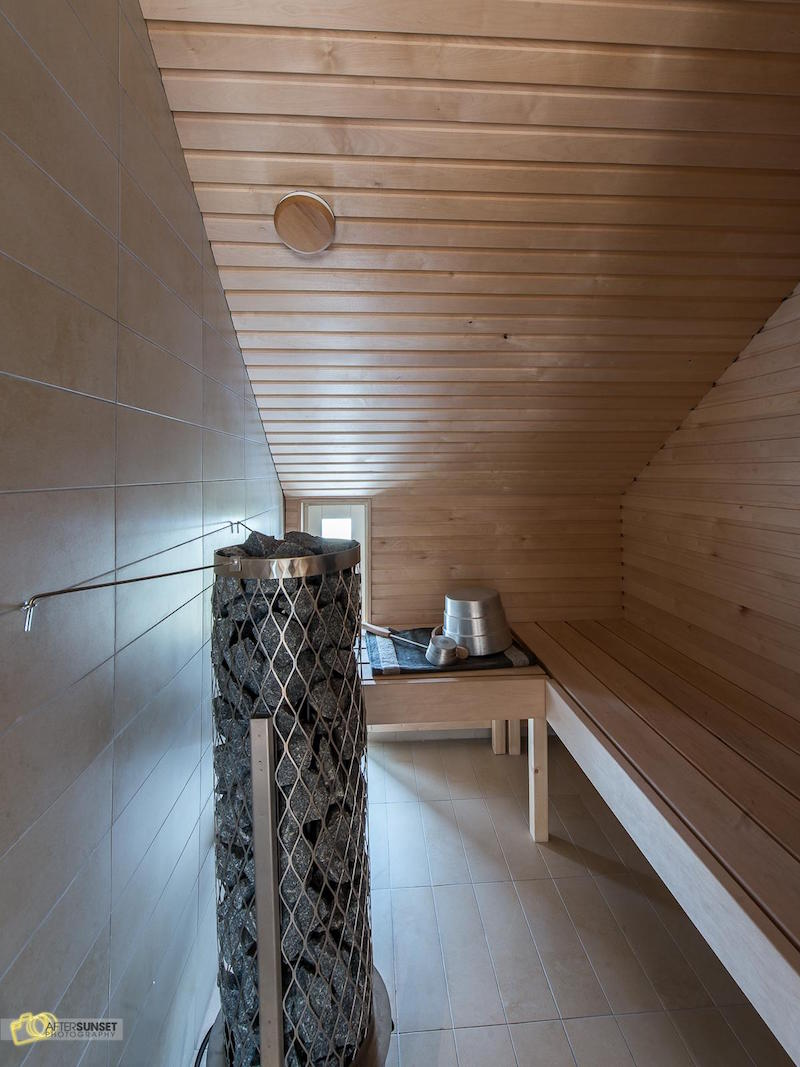 finnish-apartment-in-white-sauna