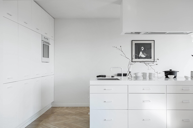 full-white-scandinavian-kitchen-design