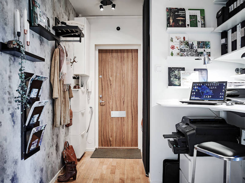 hallway-small-home-office