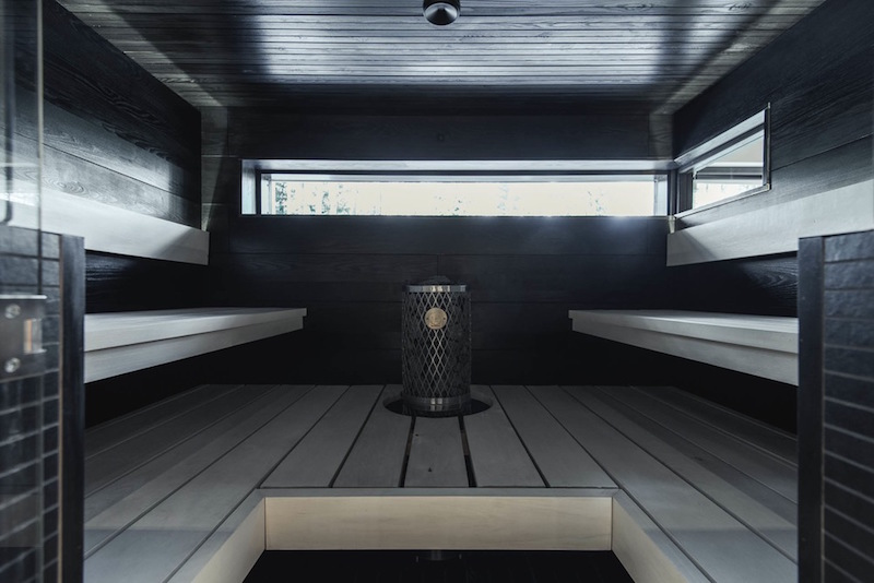 house-interior-design-white-grey-black-white-sauna