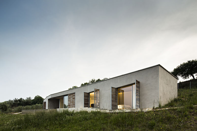 house-profile-gateira-house-camarim-arquitectos