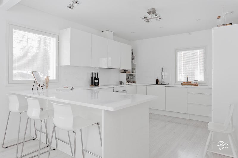 kitchen-island-interior-design-white