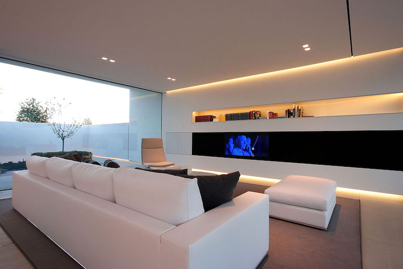 living-room-ultra-modern-pool-villa-jesolo-lido