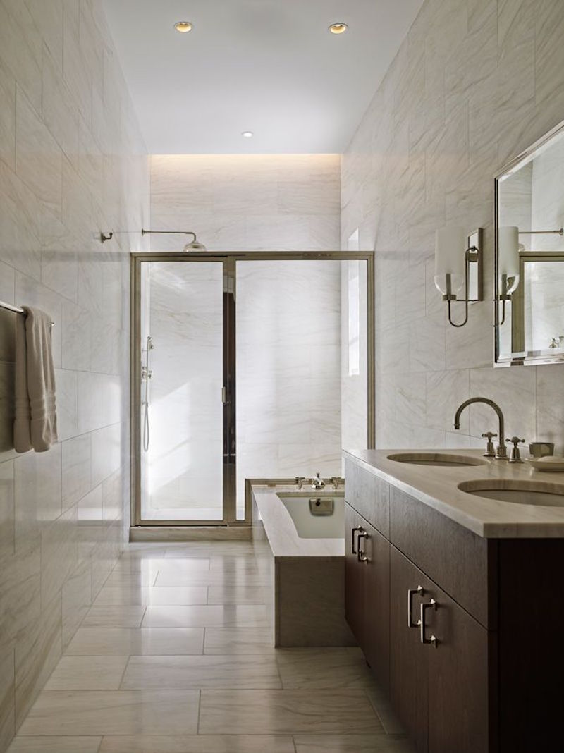 marble-tiles-bathroom-manhattan-apartment-oda-architecture
