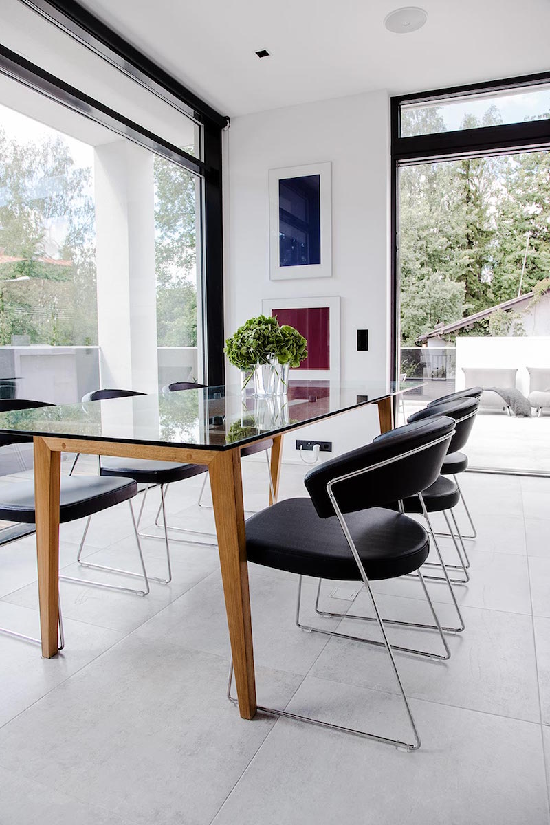 minimalistic-a-house-joarc-architects-dining-area