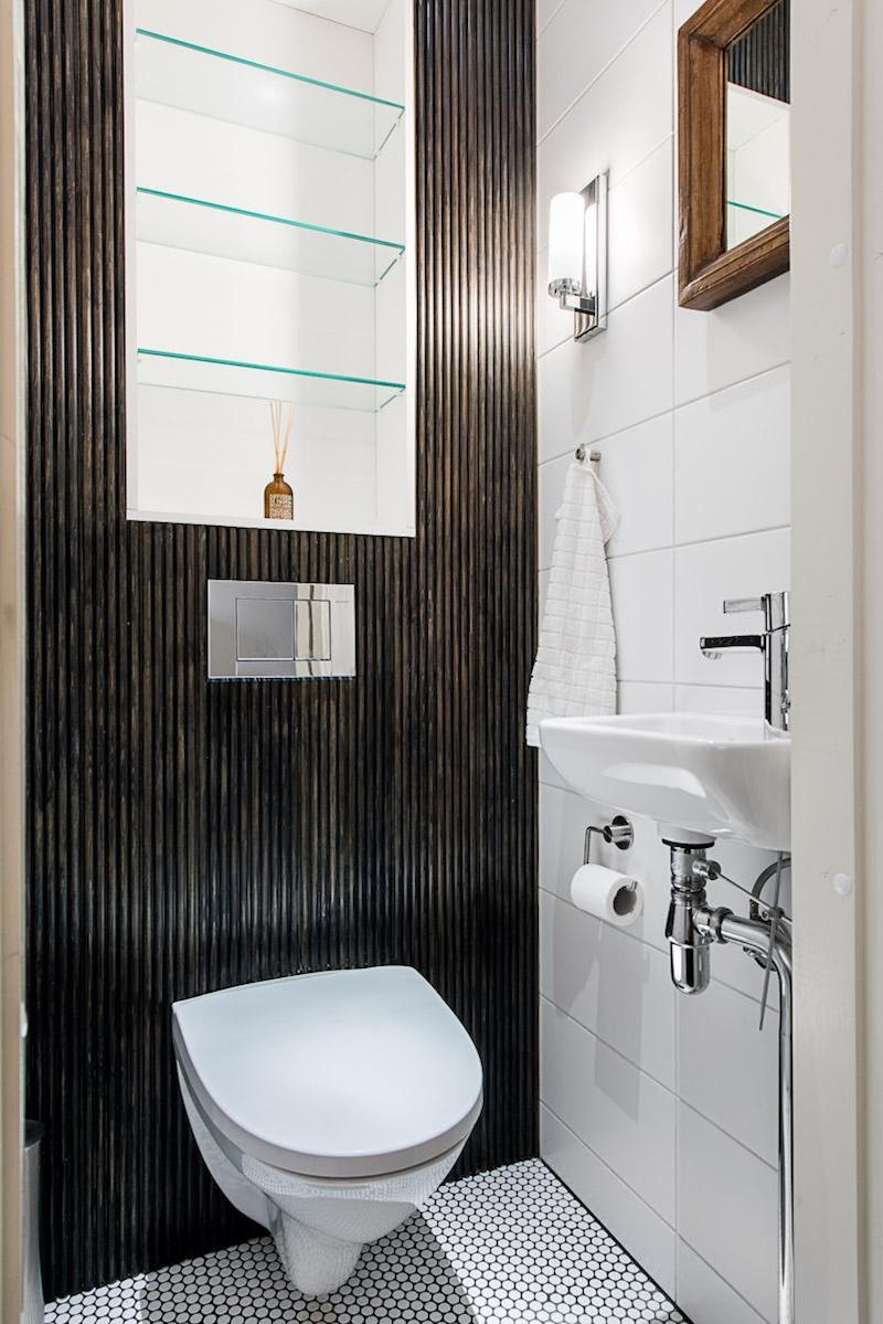 modern-black-white-interior-design-with-stylish-details-toilet