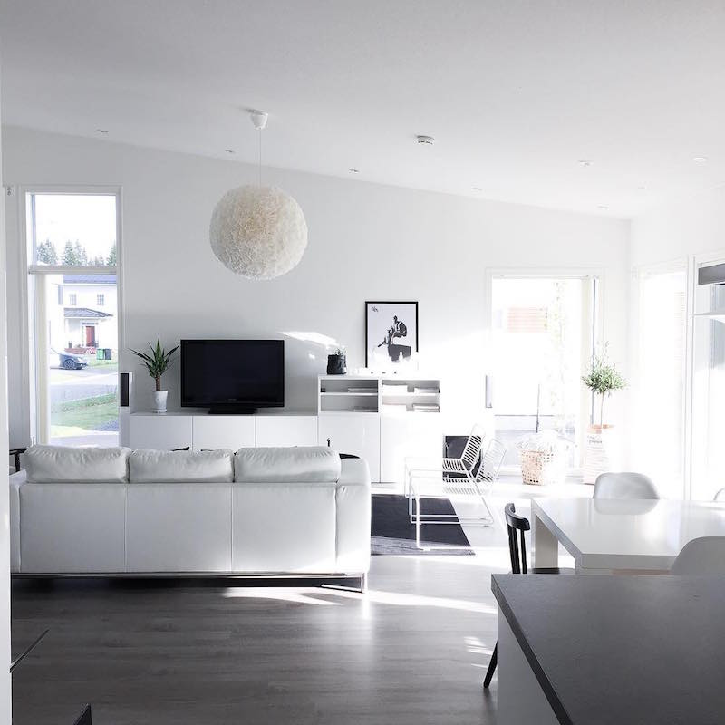natural-light-white-home-design