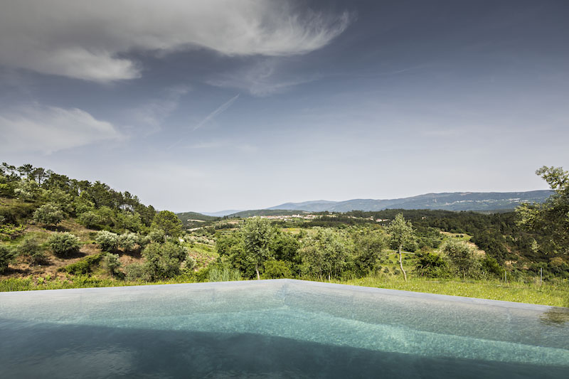 pool-view-gateira-house-camarim-arquitectos