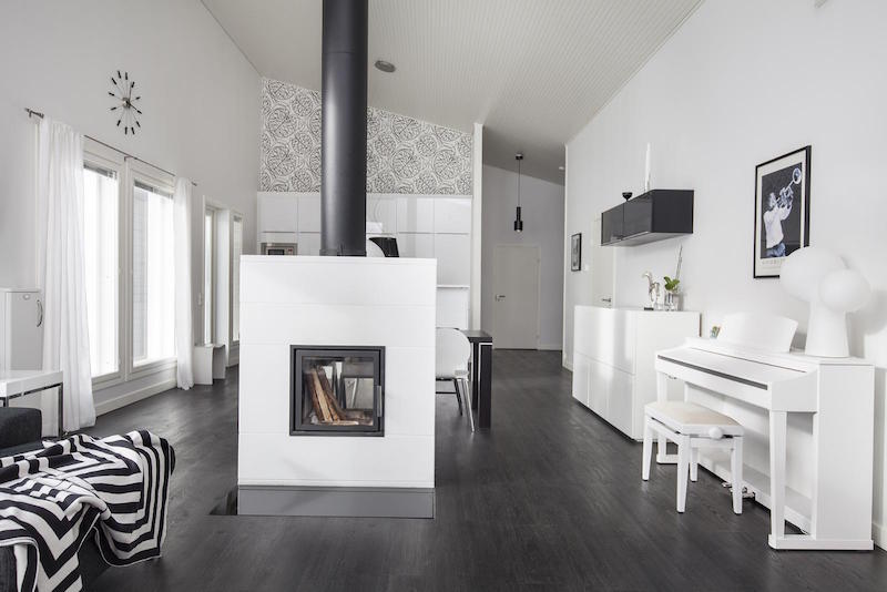 scandinavian-black-and-white-design-decor-living-room-fireplace