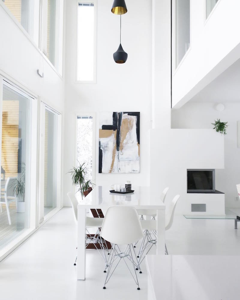 scandinavian-white-home-dining-area