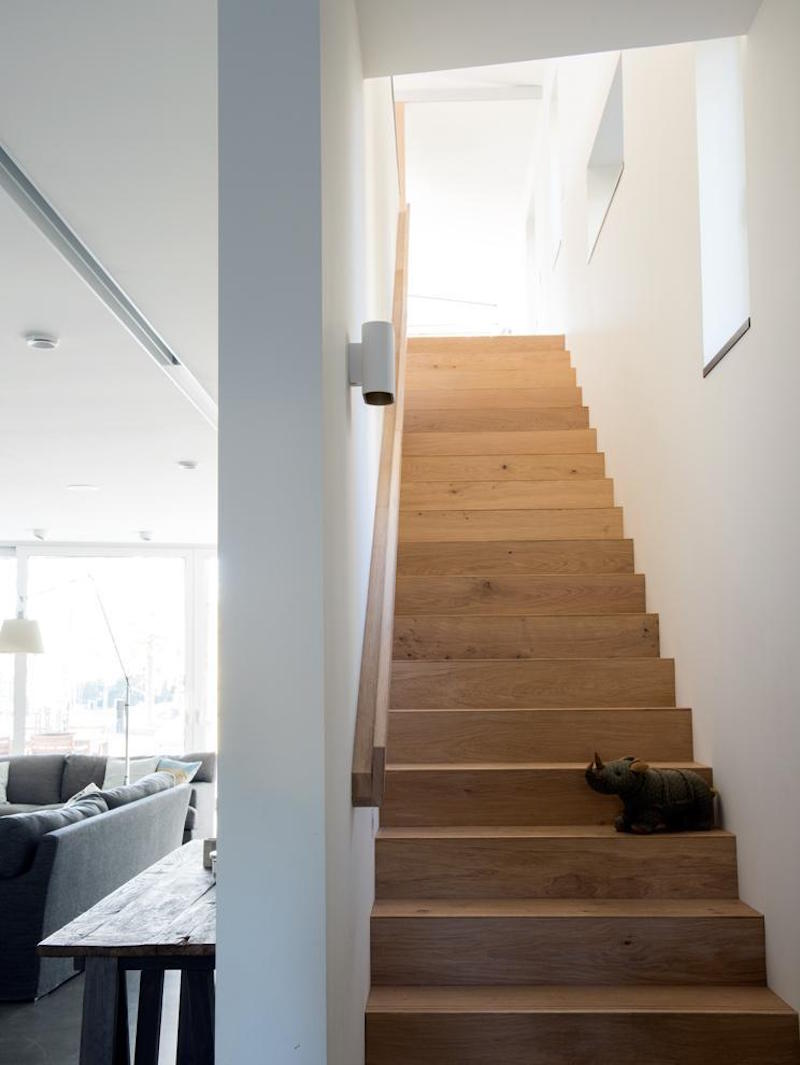 staircase-modern-architecture-house-finland