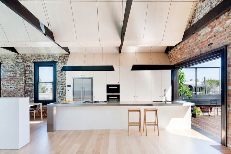 warehouse-conversion-kitchen