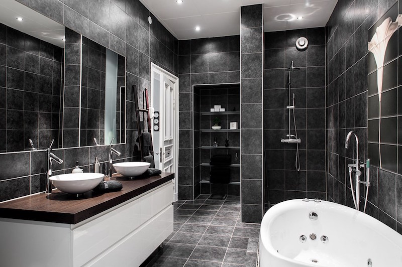 interiors-modern-antique-bathroom