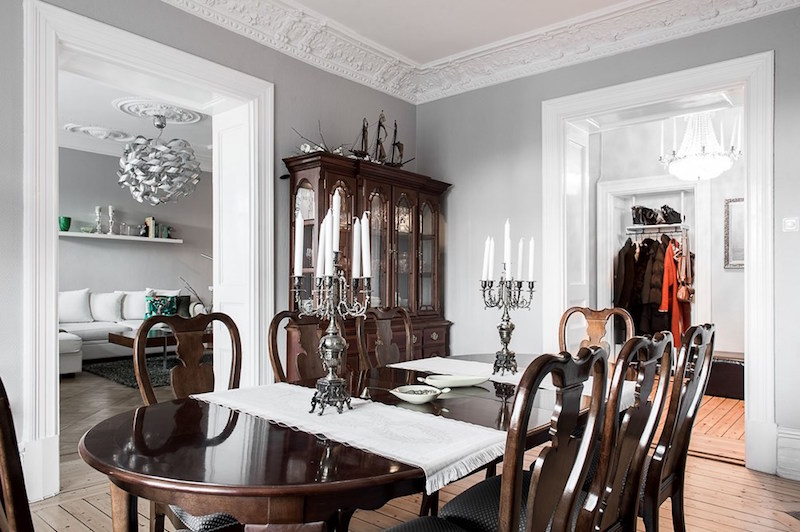 interiors-modern-antique-dining