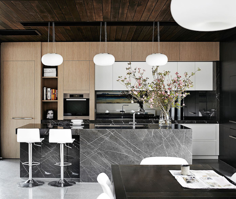 modern-family-house-kitchen