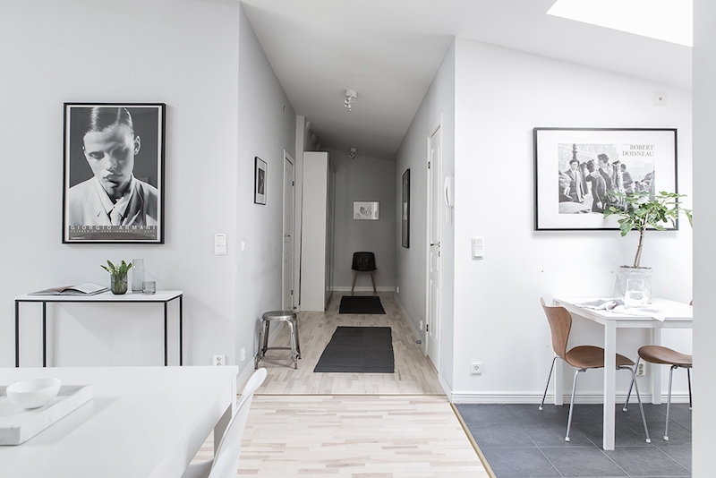 bright-scandinavian-interior-hallway