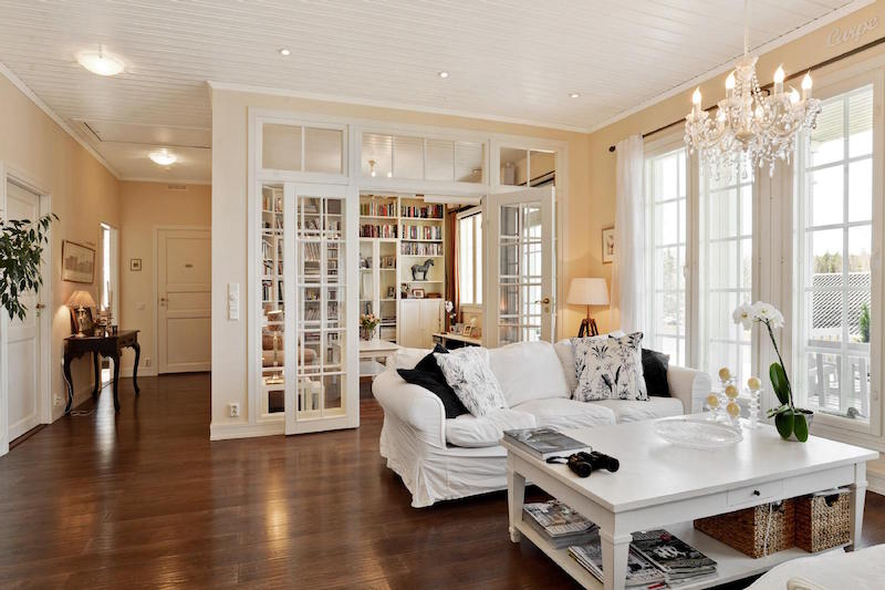 sea-house-white-library-room
